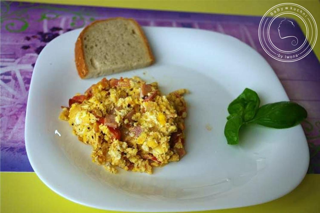 Jajecznica po węgiersku