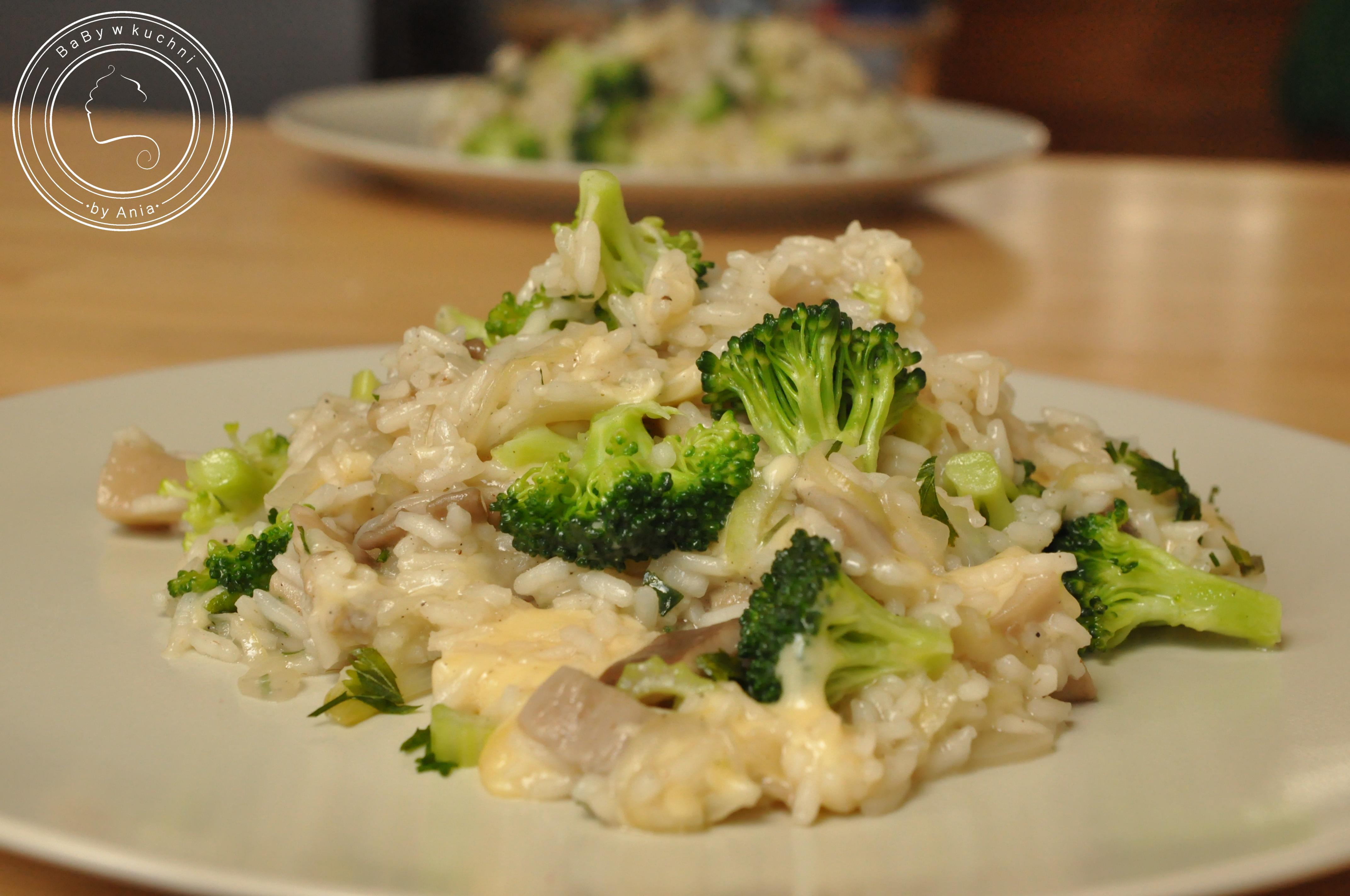 Risotto z boczniakami i brokułem