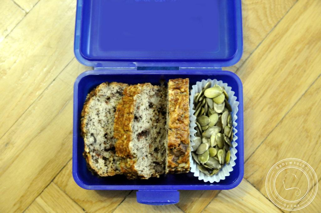 Lunchbox drugie śniadanie do szkoły chlebek bananowy