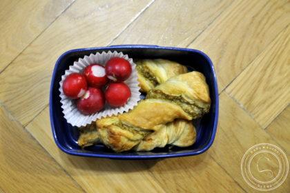 Lunchbox drugie śniadanie do szkoły świderki z pesto