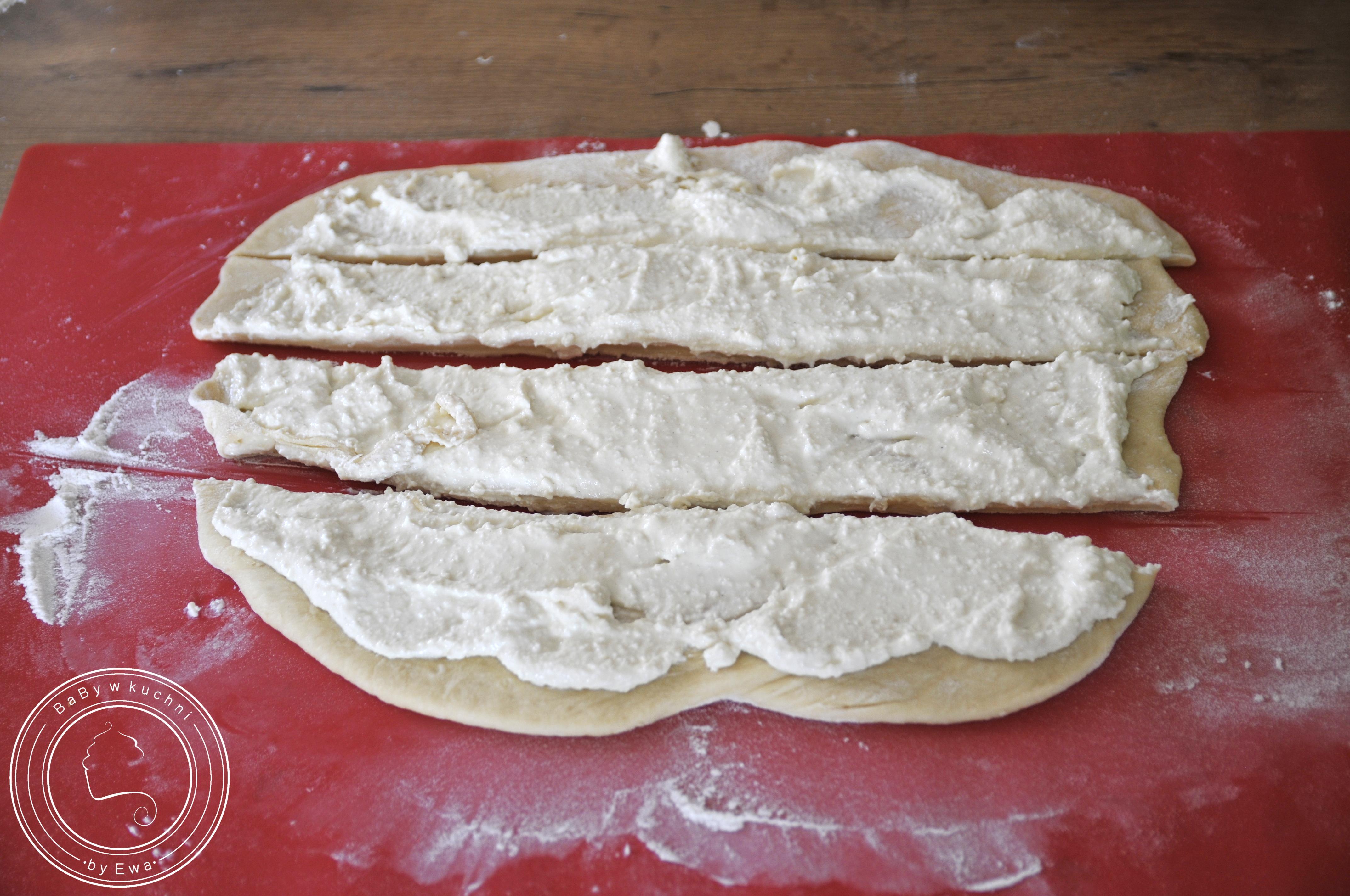 Drożdżówka z serem sposób 2