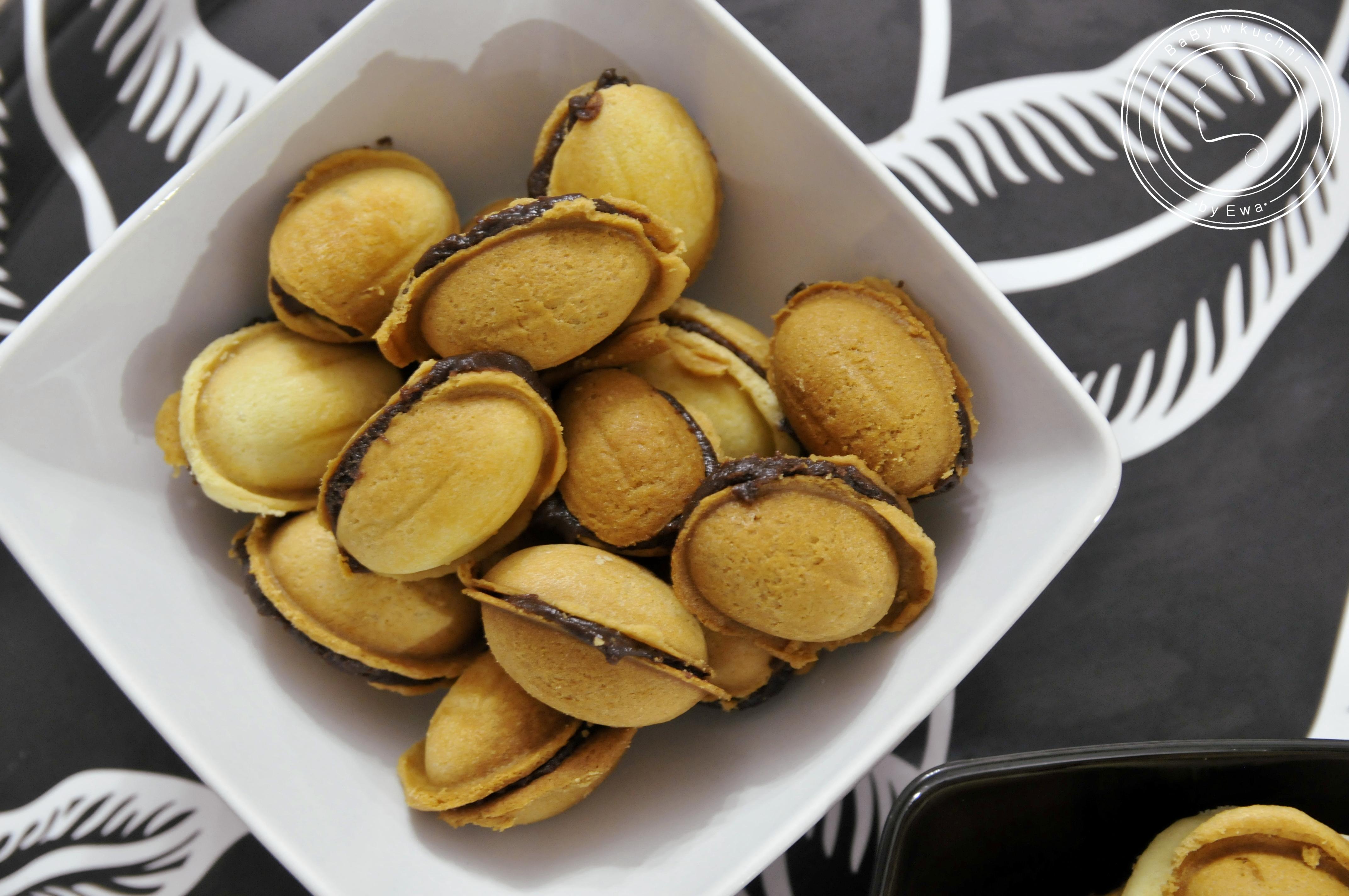 Orzeszki z kremem kakaowym