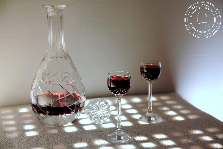 Żurawinówka na rumie i winie
